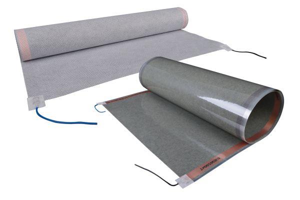 """Die Basis der installierten Systemtechnik ist die 0,4 mm starke Heizfolie """"E-nergy Carbon"""" von mfh systems, die mit 36 V Schutzkleinspannung betrieben wird. Die vorgefertigten Folienbahnen enthalten Carbon-Fasern als leitfähiges Material und an den Außenseiten zwei parallel verlaufende Kupferstreifen zur Spannungsversorgung. Die Besonderheit dieser Folie liegt im Produktionsverfahren, da sie nicht laminar aufgebaut ist, sondern alle Bestandteile verschmolzen sind."""