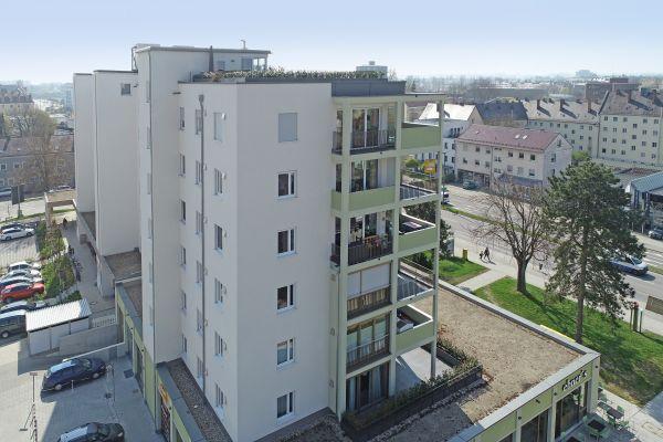 """""""Marina Tor"""" in Regensburg mit (de-)zentralen Lüftungsgeräten ausgestattet"""