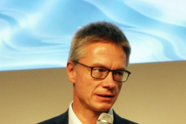 Foto von Dr. Kai Schiefelbein.