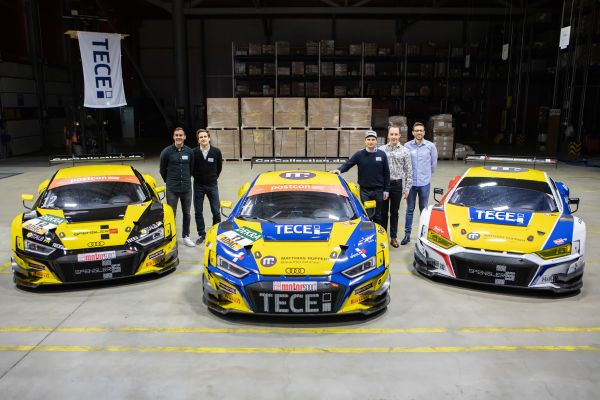 Das Bild zeigt die neuen Rennwagen mit TECE-Logo