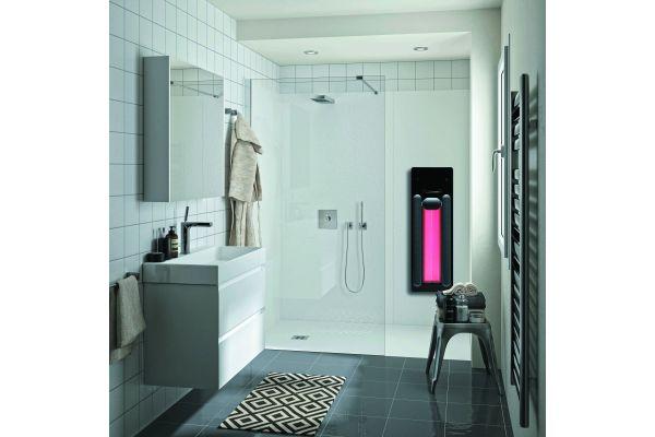 Großzügige, schwellenlose Duschen lassen sich mit flächenbündigen Duschwannen aus Mineralguss, barrierefreien Acrylduschwannen oder Bodenelementen zum Befliesen kreieren.