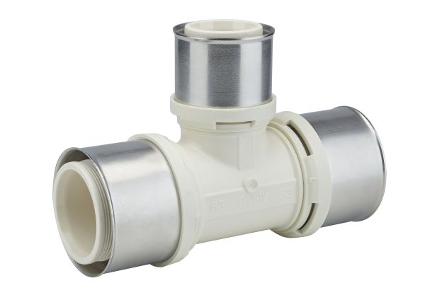 Ein Formteil für ein Mehrschichtverbundrohrsystem für die Heizungs- und Trinkwasser-Installation.