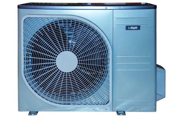 Die neuen Split-Luft/Wasser-Wärmepumpen von Novelan sind ab sofort im Großhandel erhältlich.