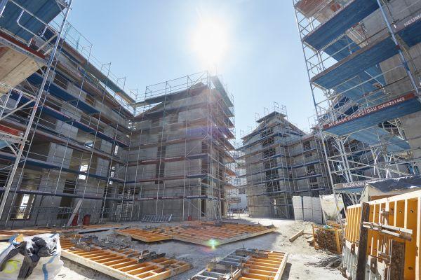 Baustelle eines Wohnkomplexes.