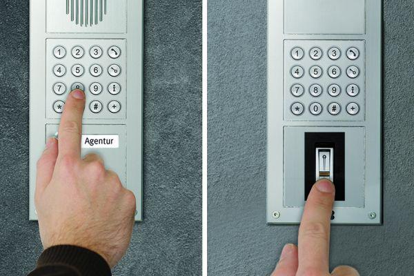 Einlasskontrolle mit PIN und mit Fingerabdruck.