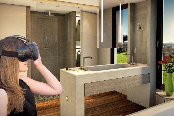 Das Bild zeigt eine Frau mit VR-Brille in einem Badezimmer.