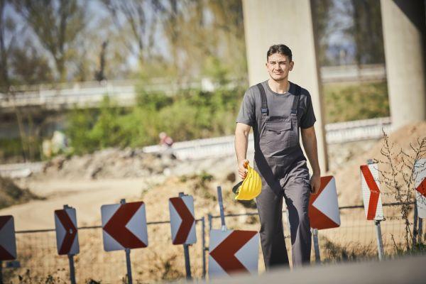 Neue Berufskleidung von MEWA folgt jeder Bewegung