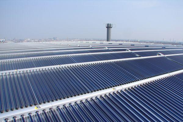 Thermische Solaranlagen für Wärmenetze - Teil 2: Wirtschaftlichkeit