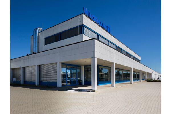 Die mittelständische Unternehmensgruppe Wiedemann übernimmt zum 1. Januar 2021 von der Eugen König GmbH die Standorte in Zeitz, Naumburg, Lödla (Altenburg) und Gera.