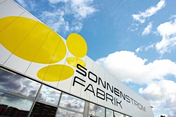 Sonnenstromfabrik erhält Wachstumsschub durch globalen Unternehmensverbund