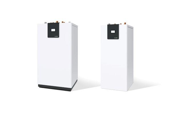 Ob Luft- oder Sole-Wasser-Wärmepumpe: Mit einer Wohnungsstation werden die neuen Großwärmepumpen von tecalor zu der Lösung für grüne Wärme im Geschosswohnungsbau.