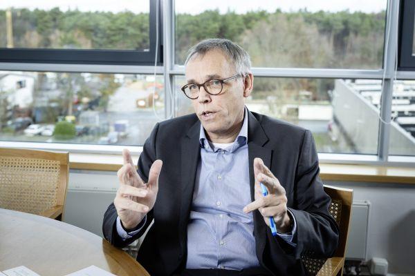 """""""Wo ist die Bildungsministerin?"""": Würde unser Bildungssystem die gestiegenen Anforderungen an das Fachhandwerk umfassend abdecken, so wäre das für Ole Møller-Jensen ein erstklassiger Beitrag zur Energiewende."""