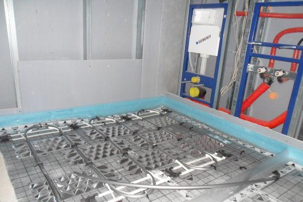 Die zur Verfügung stehenden Flächen wurden optimal für die Verlegung der Fußbodenheizung genutzt.