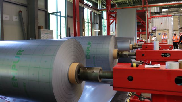 Blick in die Produktion von Empur.