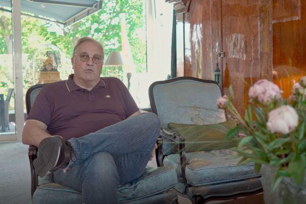 """""""Bei meinem Neubau war es mir wichtig, eine zukunftsfähige Heiz- und Kühltechnologie einzusetzen, die alle Anforderungen erfüllt – ohne Abstriche beim Wohnkomfort"""", so Wolfgang Doemens."""