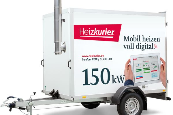 Auch Energieversorger haben die Vorteile mobiler Heizzentralen für die Sicherung ihrer Wärmelieferverpflichtungen erkannt. Im Bild: Mobile, digital regelbare 150-kW-Heizzentrale.
