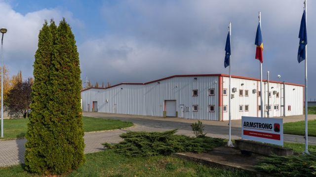 Produktionshalle von Armstrong Fluid Technologies.