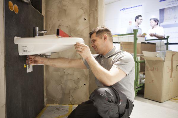 ISH digital mit Produkten und Lösungen für die Renovierungswelle im Bad