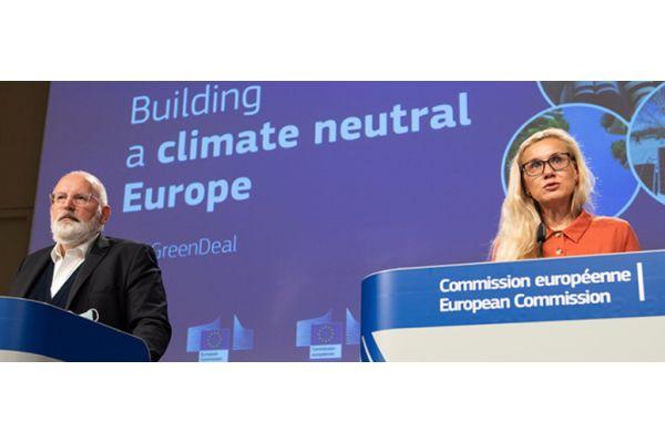 Grünes (Strom-)Licht für die Wärmepumpe: EU-Kommissar Frans Timmermans, EU-Kommissarin Kadri Simson.