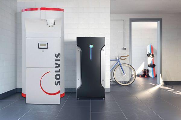 Vertriebskooperation Solidpower mit Solvis