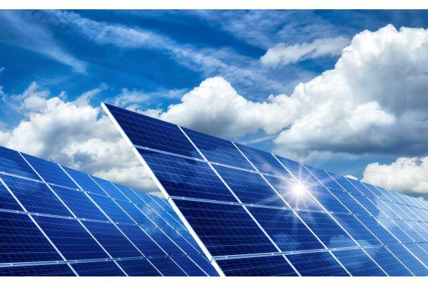 Installation und Verrohrung von Solarthermieanlagen