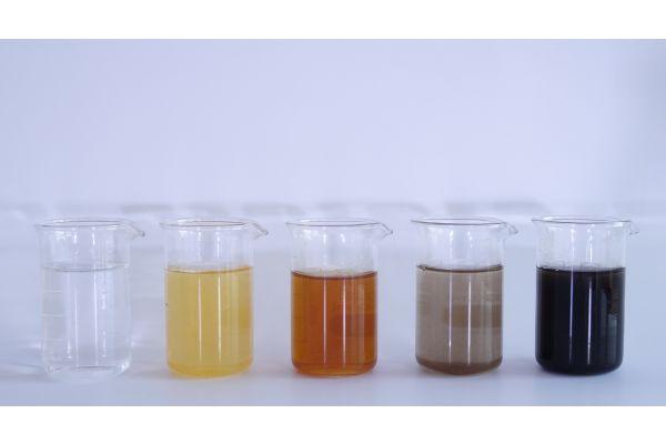 Die neue VDI 2035 führt das farbliche Aussehen des Heizwassers als neuen Bewertungsparameter ein.