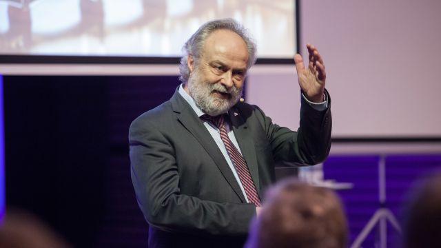 Das Bild zeigt Michael Günther.