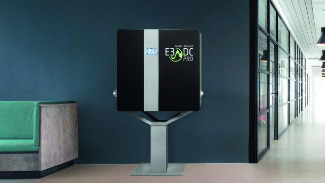 """Ambitioniert als Designelement im Wohnraum: Das E3/DC-""""S10 E PRO Hauskraftwerk"""""""