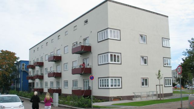 Foto IB Fiedler: Das energetisch sanierte Bauhaus-Gebäude in Magdeburg des Architekten Johannes Boye von 1930.