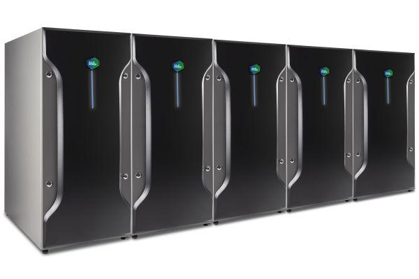 In Kaskade geschaltet empfiehlt sich das Brennstoffzellenheizgerät Bluegen BG-15 auch für Anwendungen mit höherem Strom-/Wärmebedarf.