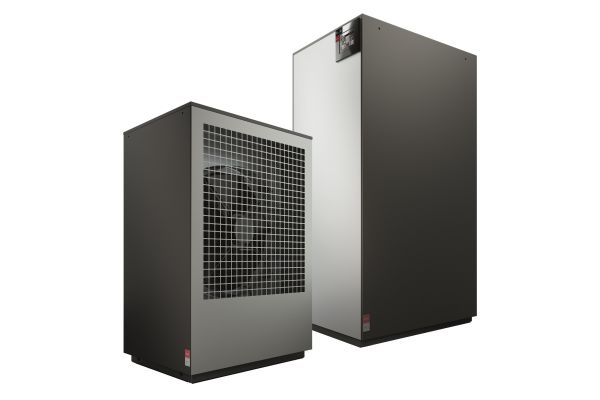 """Bei ihrer Luft/Wasser-Wärmepumpe M Flex setzt Glen Dimplex auf das Prinzip """"Plug-and-Heat""""."""