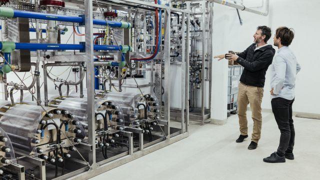 """In der Referenz, Klimaquartier in Esslingen a.N.: """"P2G"""" – Strom wird in Wasserstoff zwischengespeichert"""