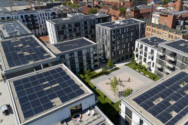 85 Tonnen grüner Wasserstoff können produziert werden, dies entspricht dem Jahresstromverbrauch von 726 Dreipersonenhaushalten (= 2.833.050 kWh/a).