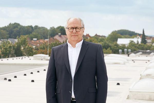 Ulrich Koch, Geschäftsführer des Fachverbands Tageslicht und Rauchschutz e.V. (FVLR).