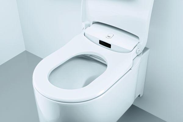 """Die smarten Merkmale der Vorwandinstallation """"Rapid SLX"""" garantieren Zukunftssicherheit, einen schnellen Einbau und maximale Vielfalt vor der Wand. Eine spätere Nachrüstung auf ein modernes Dusch-WC, zum Beispiel """"Grohe Sensia Arena"""", ist schnell möglich."""