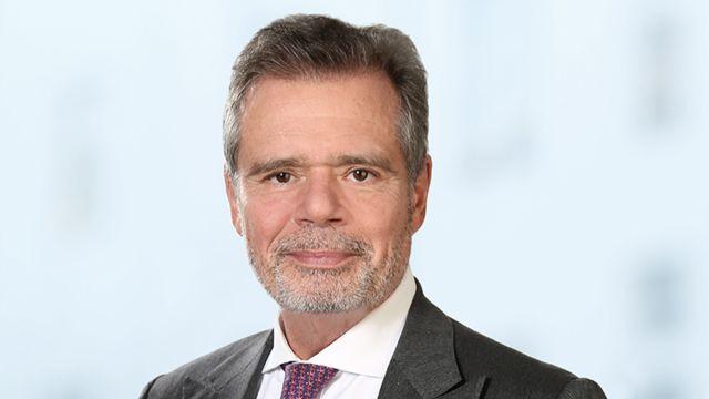 Das Bild zeigt Prof. Dr. Friedbert Pflüger.