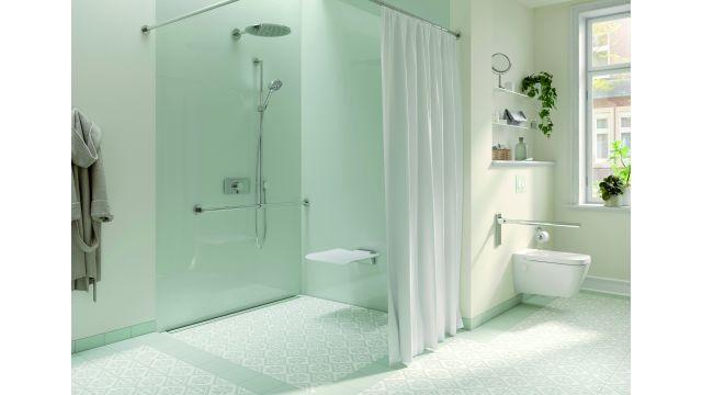 Mit Vorwandtechnik von Tece lassen sich Badezimmer auf einfache Art und Weise auf sich ändernde Komfortansprüche des Alters vorbereiten, ohne dass der Wohlfühlcharakter des Raums verloren geht.