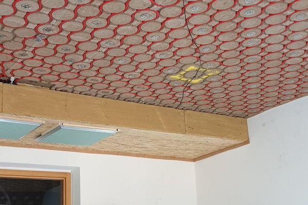 """Beim Bauvorhaben """"Finanzministerium"""" in Dresden wurde das Lehmklima-Moduldeckensystem der ArgillaTherm GmbH installiert."""