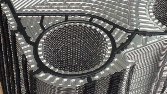 Foto: Mittels Strömungssimulation konnte die Oberflächenstruktur der neuen Wärmeplatten optimiert werden.