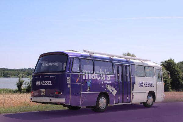 """KESSELflicker"" präsentieren Veranstaltungsbus"