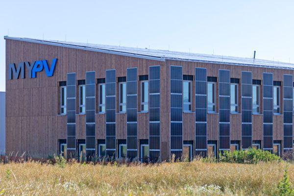my-PV im neuen solarelektrischen Firmengebäude