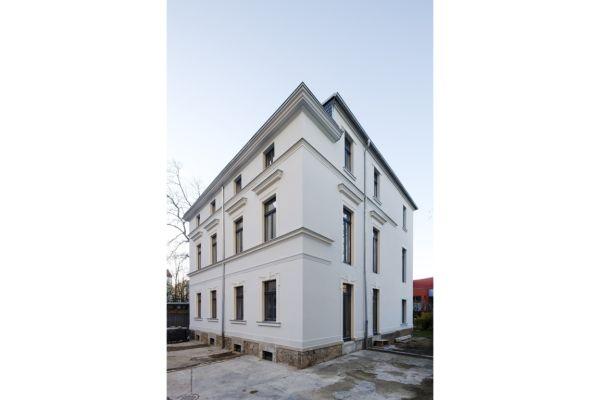 Jugendstil-Villa mit Flächenheizung saniert