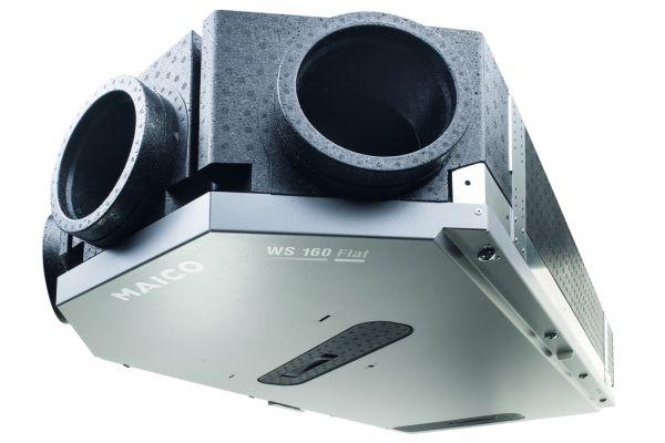 """Zentralgerät """"WS 160 Flat"""": Mit einer Bauhöhe von nur 23cm und einem patentierten Verfahres der Luftaufteilung macht es eine Zonenlüftung möglich"""