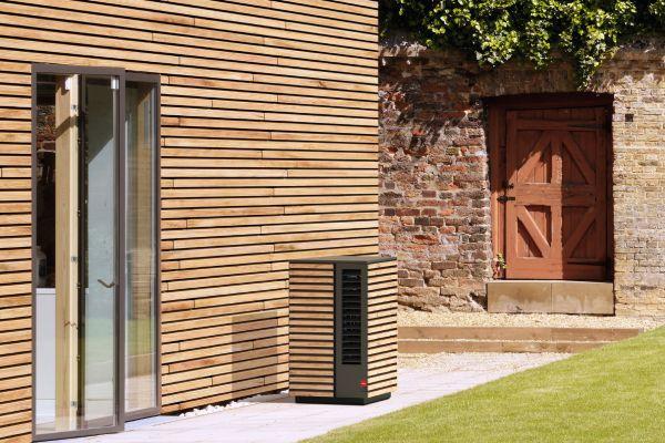 """Klein, schön, leise – """"System M"""", die Wärmepumpe von Glen Dimplex Thermal Solutions"""