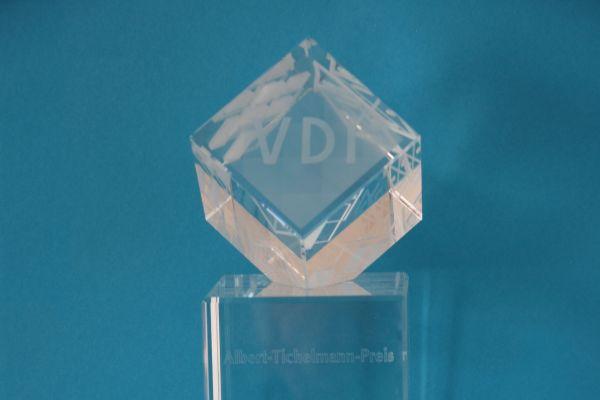 Das Bild zeigt den Albert-Tichelmann-Preis.