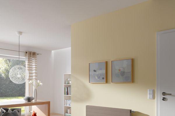 Flachheizkörper von Kermi im Wohnzimmer