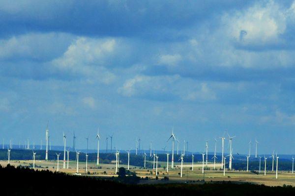 Regierung und Erneuerbare Energien: Der Wille zum Umbau mag da sein, aber…