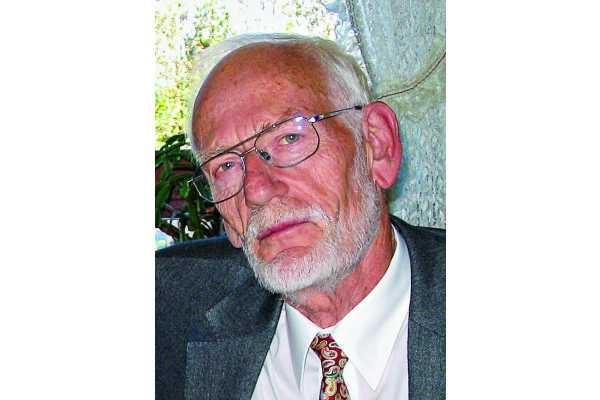 Robert  Kremer