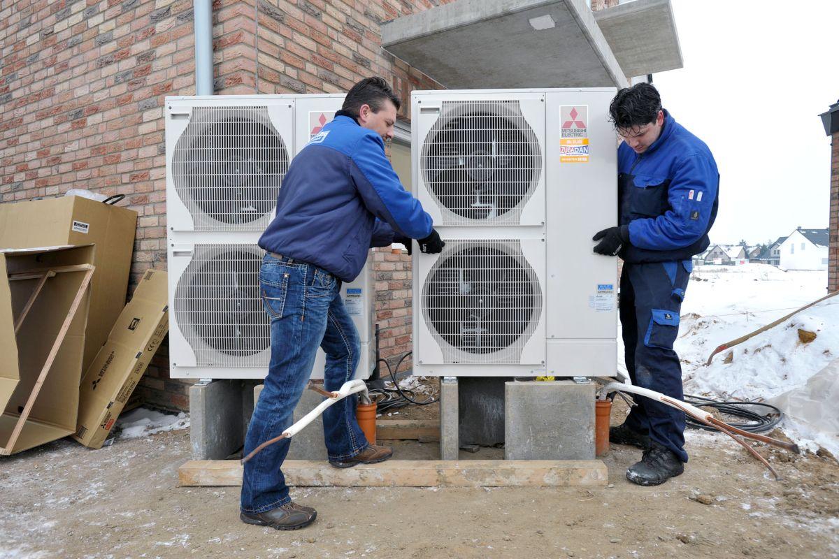 Vrf Anlagen Technologie Bietet Viele Mglichkeiten Mitsubishi System Quelle Electric In Deutschland Fehlen Ausgebildete Experten Mit Kenntnissen Sowohl Im Heizungsbau Als Auch Der Kltetechnik