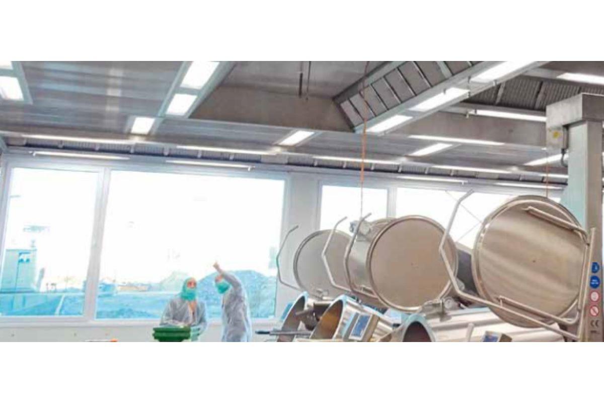 Großküchenlüftung: Senkrecht durch die Decke - SanitärJournal